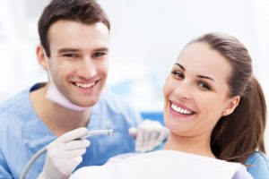 Dentist Lakeway: Top Reasons to Get Your Implant at Dentists Lakeway